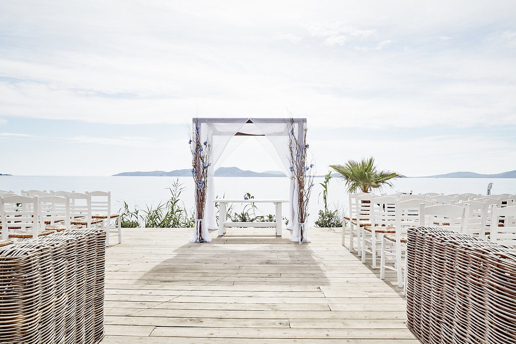 www.mykonos weddings.com ceremony setup2